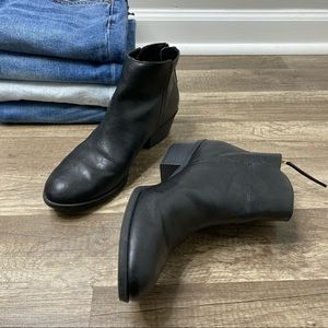 American Eagle Black Booties size 9